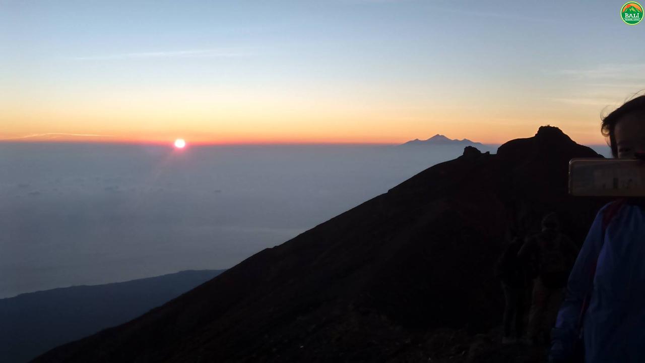 Mount-Agung-via-besakih